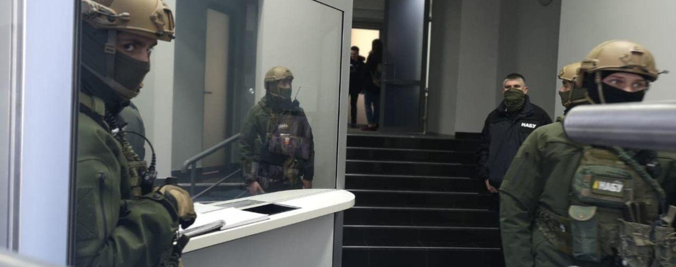 НАБУ пришло с обысками в Агентство по розыску коррупционных активов – журналисты