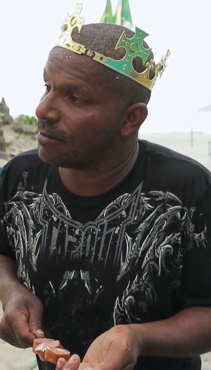 Дмитро Комаров знайшов справжнього короля пляжу в Ріо-де-Жанейро