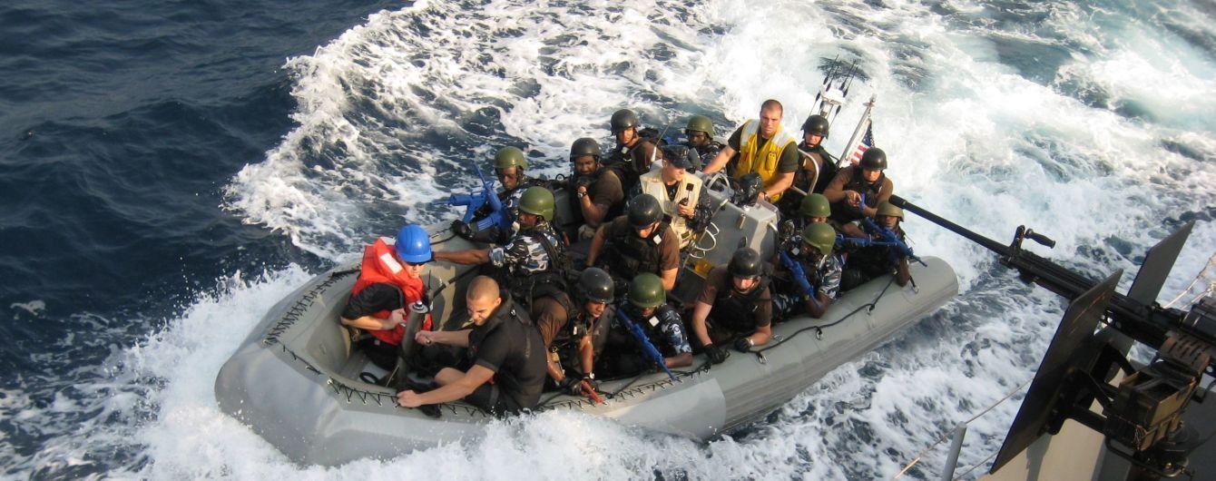 В Камеруне пираты захватили в заложники украинских моряков
