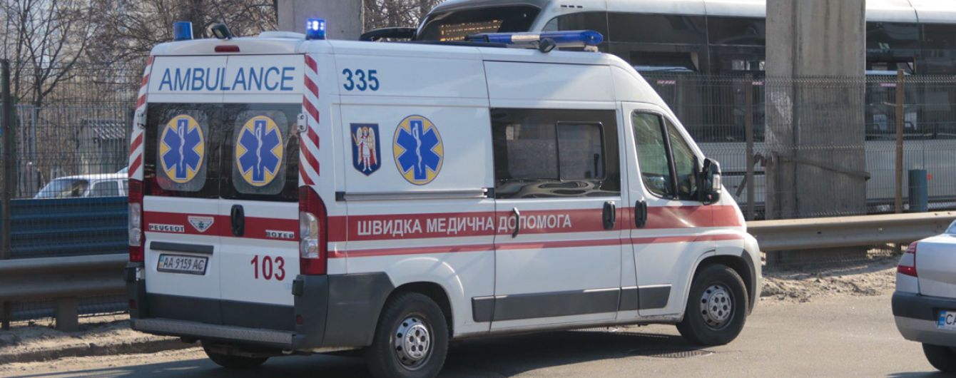 """В Измаиле BMW """"перевернул"""" маршрутку: семеро пострадавших"""