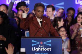 Мэром Чикаго стала темнокожая лесбиянка, которая в начале гонки имела менее 2% рейтинга. История ее успеха
