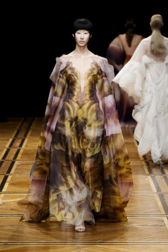 Платье Iris van Herpen