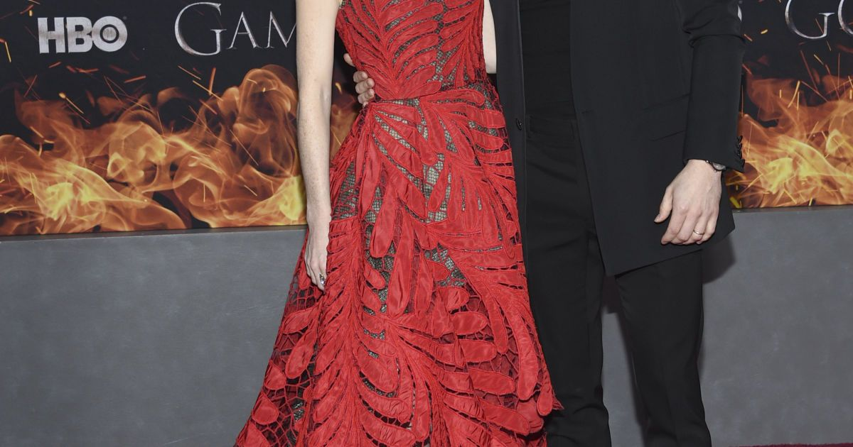 Кот Гарінгтон с женой Роуз Лесли @ Associated Press