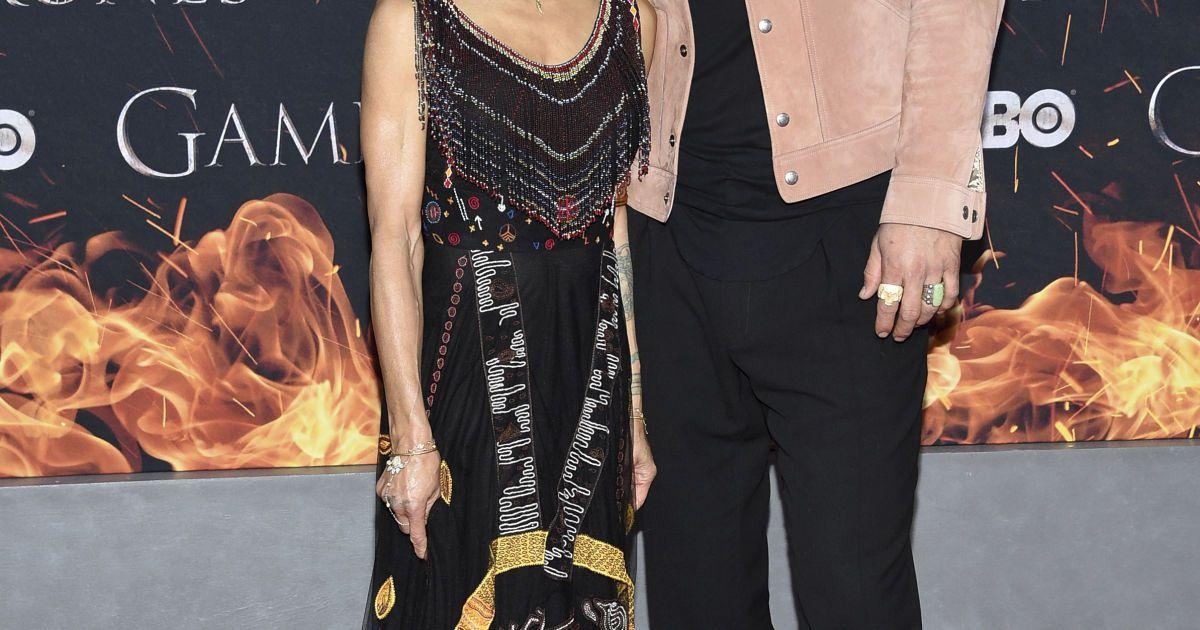 Джейсон Момоа с женой @ Associated Press
