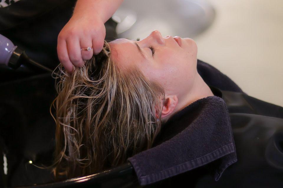 Волосся, миття голови