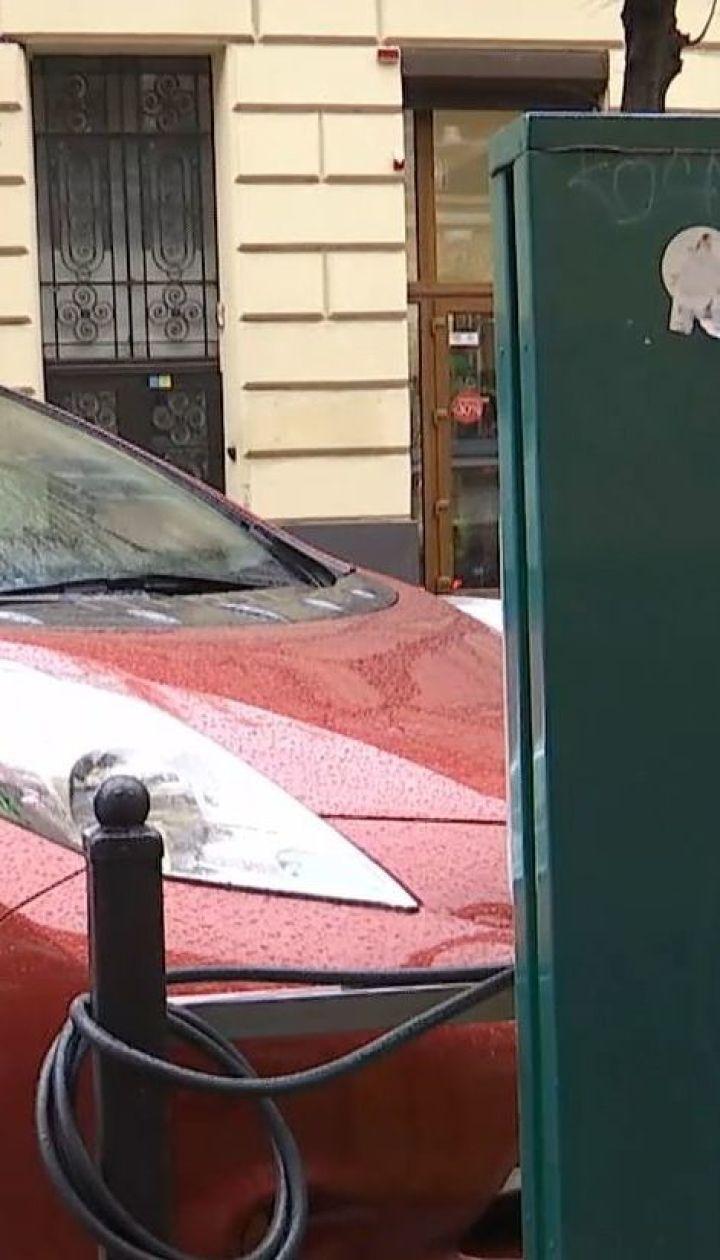 В Україні на всіх автостоянках з'являться зарядки для електромобілів – економічні новини