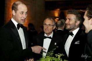 Все в смокингах: британские принцы Чарльз, Гарри и Уильям вместе вышли в свет