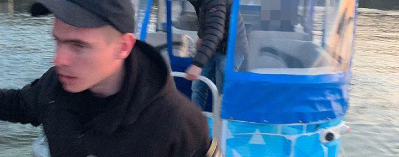 В Николаеве полицейские спасли самоубийцу, прыгнувшего с моста