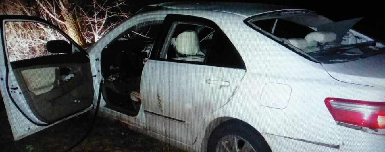 В полиции рассказали о деталях взрыва машины посреди дороги на Киевщине