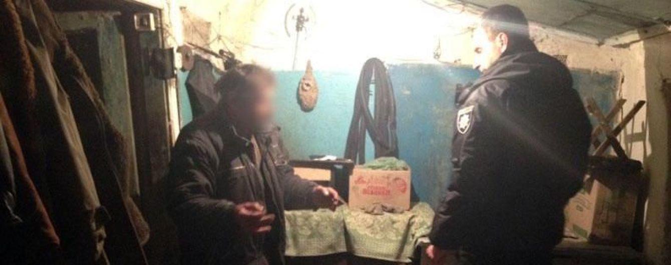 На Донеччині чоловік залишився без кисті через вибух гранати