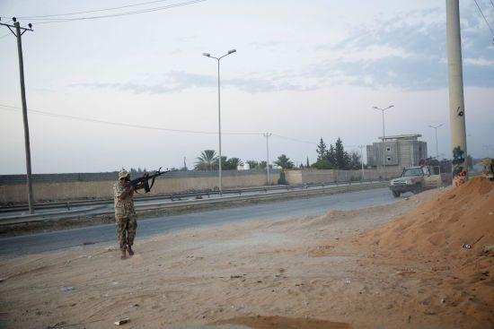 США закликали генерала Хафтара негайно припинити наступ на столицю Лівії