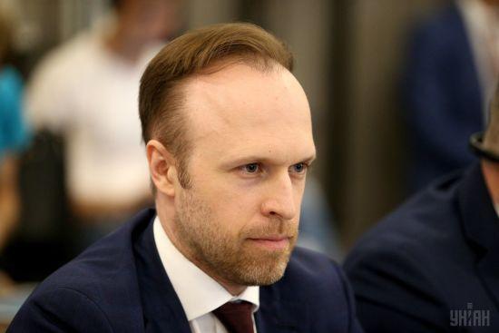 ЗМІ повідомили про звільнення заступника голови Адміністрації президента Філатова. В АПУ інформацію спростували