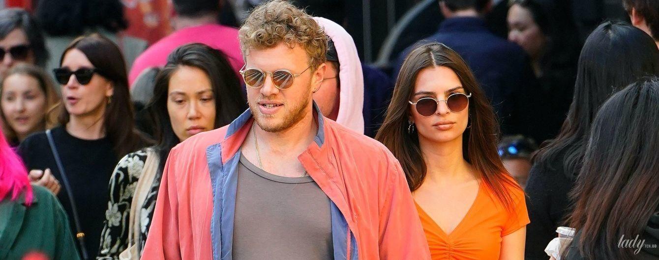 Ратажковски в сексуальном наряде, а ее муж - в рваной футболке: звездные супруги сходили на ланч