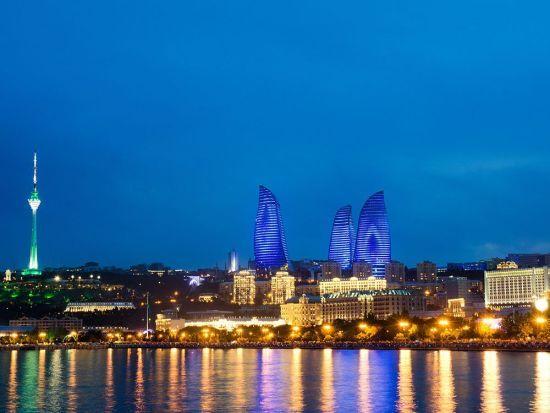 У Баку презентували туристичну картку