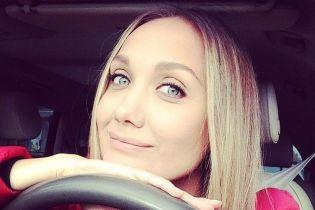 Евгения Власова впервые после тяжелой операции выпустила песню