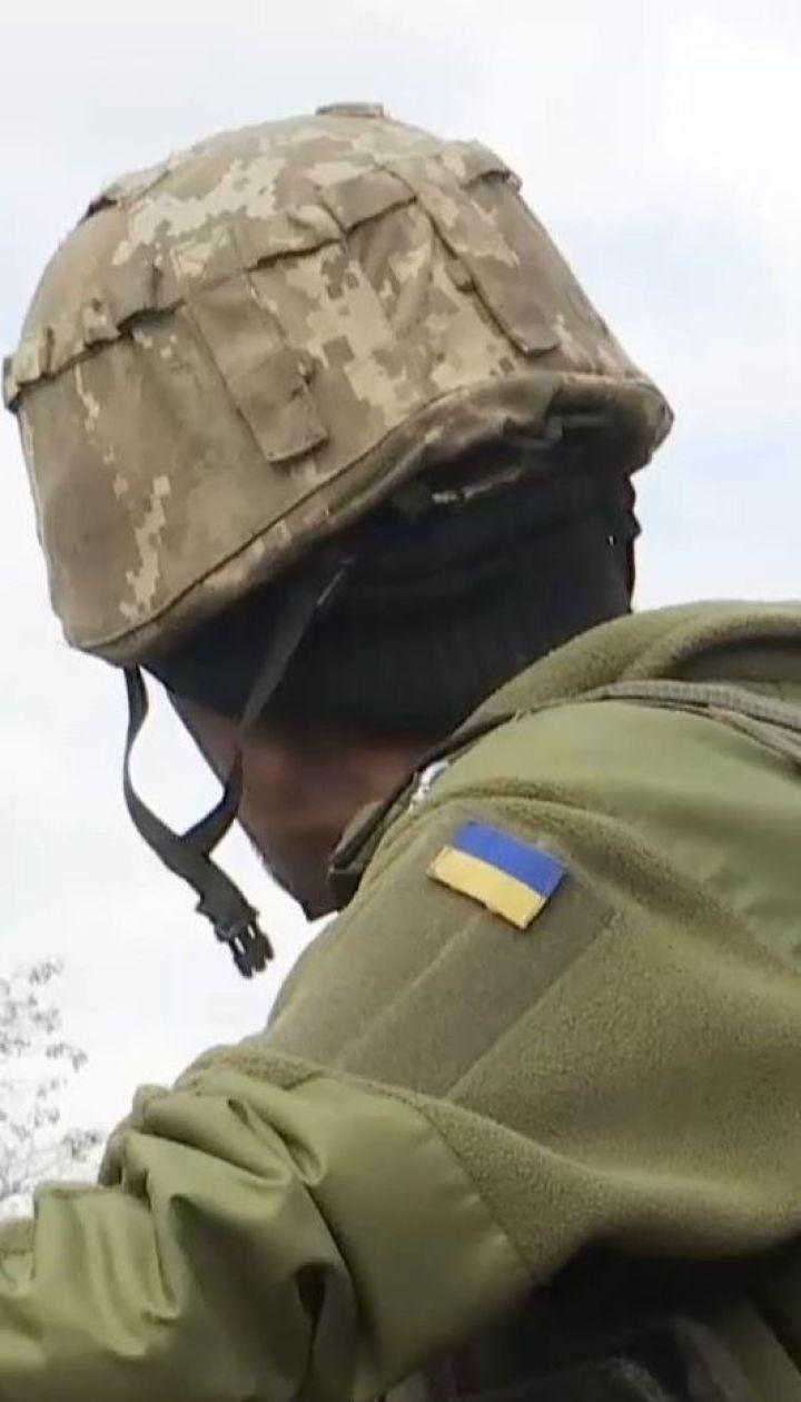 Боевики обстреливают позиции украинских военных, которые строят новые блиндажи
