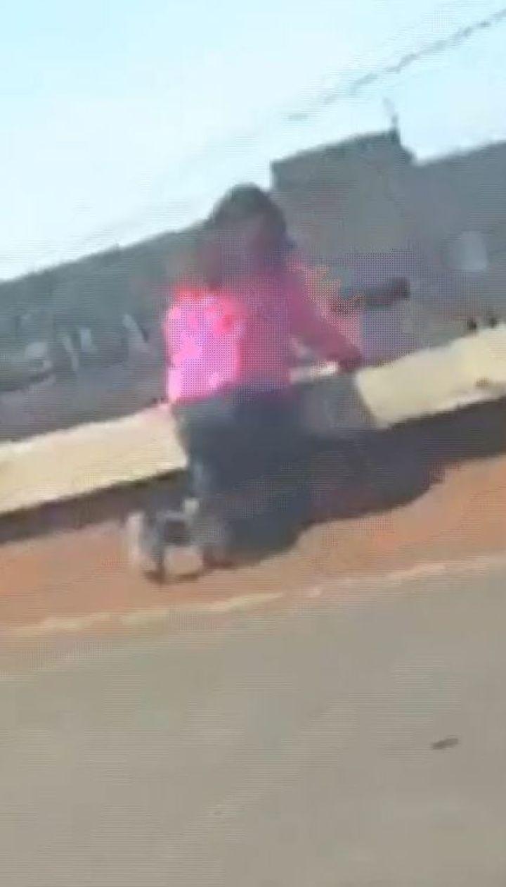 У Маріуполі поліцейські врятували 16-річну дівчину від самогубства