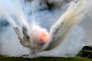 На Донбассе во время разминирования произошел взрыв: погиб сапер
