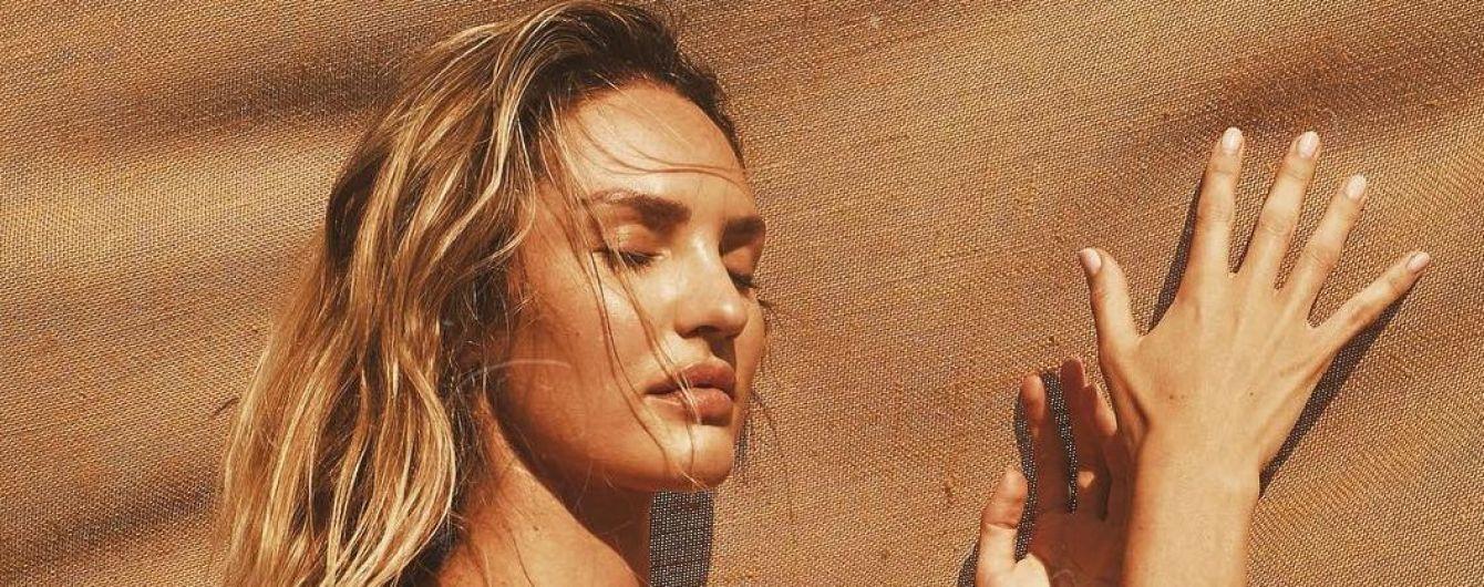 """Топлес на пляже: """"ангел"""" Кэндис Свэйнпоул поделилась новыми снимками с отдыха"""