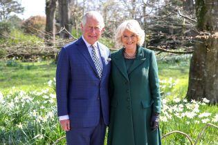 Работают и в день годовщины: герцогиня Корнуольская и принц Чарльз нанесли визит в Северную Ирландию