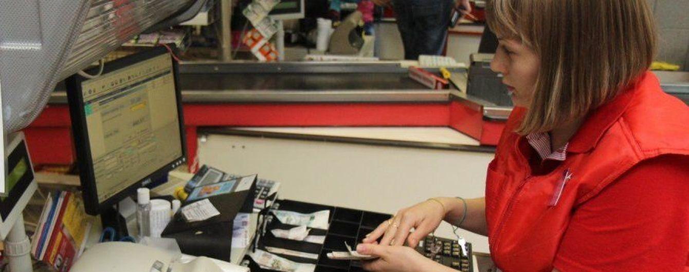 Кассовые аппараты были иглой, на которую подсадили украинский бизнес – Гройсман