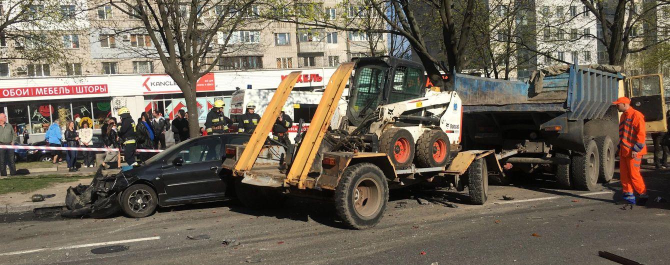 """""""Сигнал, удар и больше ничего не помню"""": очевидцы рассказали детали масштабной аварии в Днепре"""