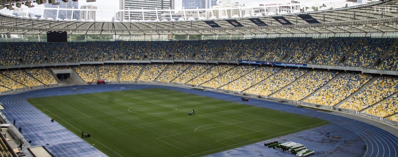 """В """"Олімпійському"""" отримали запити на проведення дебатів від Зеленського та Порошенка"""