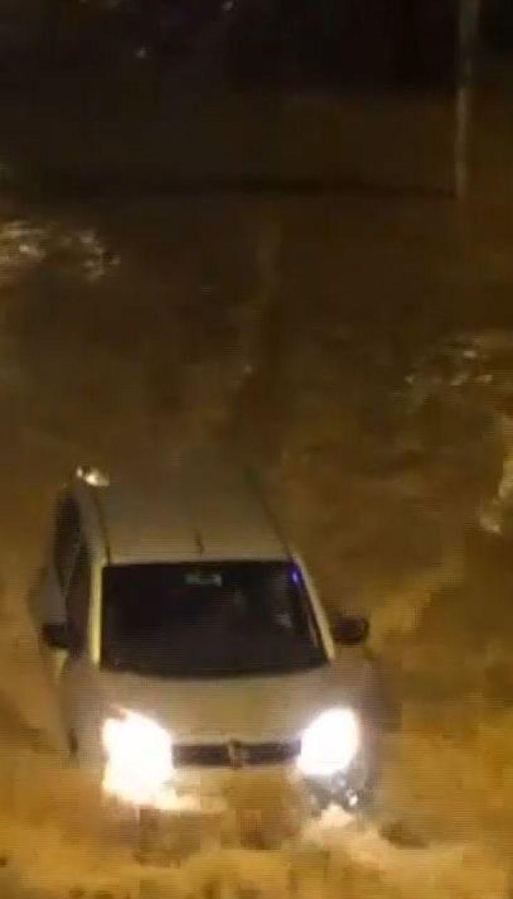 Щонайменше 10 людей загинули через повінь у Ріо-де-Жанейро