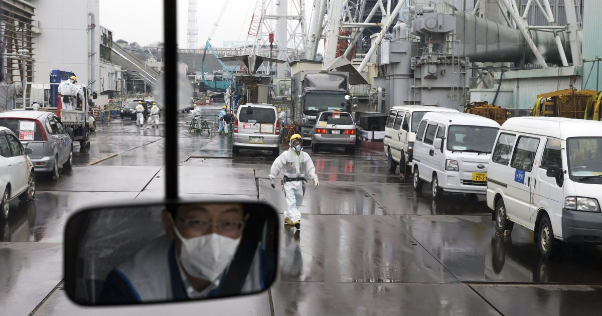 """Після трагедії на """"Фукусімі"""" японців знову почали селити біля аварійної АЕС"""