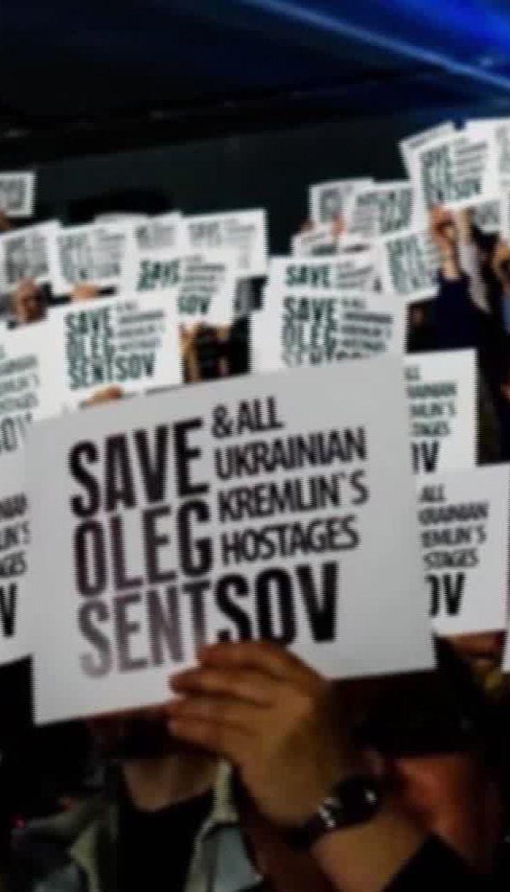 Почти 5 лет за решеткой: как сегодня чувствует себя Олег Сенцов
