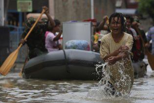 Через повінь в Індонезії постраждали понад 24 тисячі людей