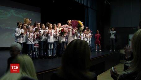 Деньги для онкобольных детей собирали с помощью концерта в столичной школе
