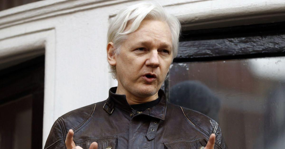 Джулиана Ассанджа могут экстрадировать в США: судьбу журналиста решат уже завтра