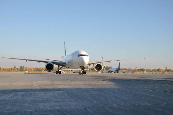 МАУ відкриває прямі рейси Київ-Ніцца