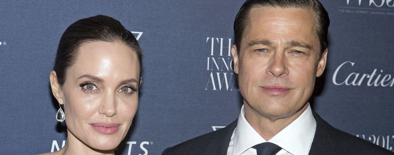 Неожиданно: Анджелина Джоли передумала разводиться и хочет вернуть Питта - СМИ