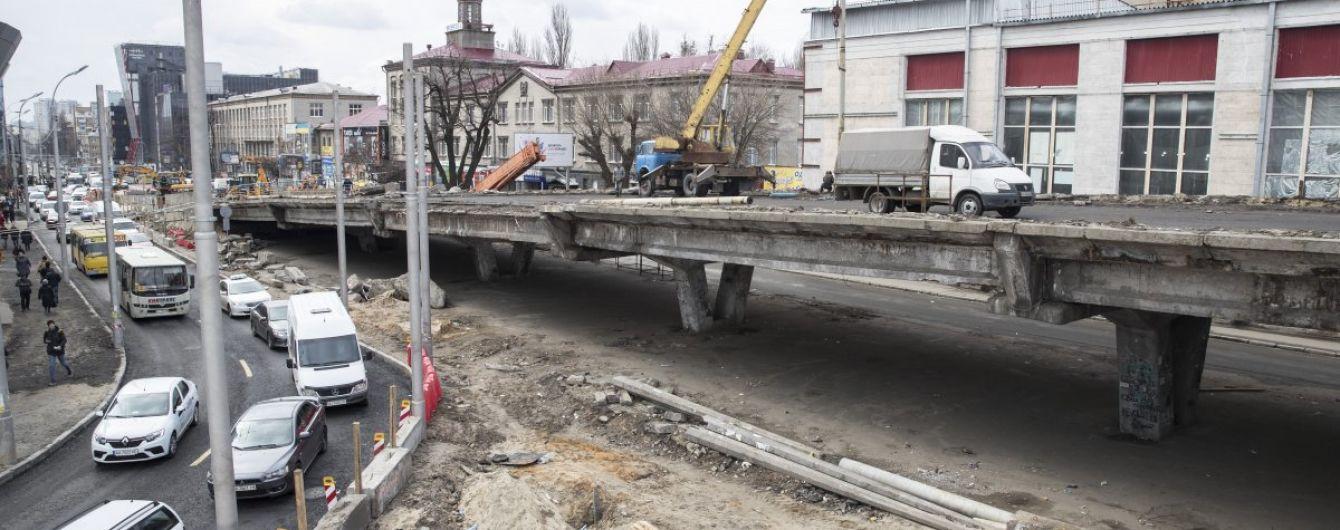 Будівництво мосту на Шулявці опинилось під загрозою. Відома причина