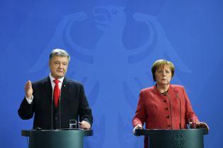 """""""Треба боротися за голоси виборців"""": як пройшла зустріч Порошенка з Меркель"""