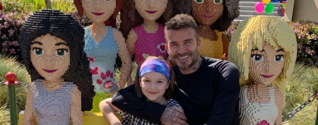 День с папой: Бекхэм умилил юзеров забавными фото с дочкой