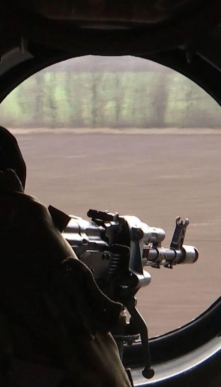 Украинские защитники отвечают огнем на стрельбу оккупантов