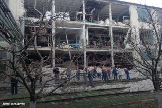 Взрывом на Лисичанском желатиновом заводе снесло стену и убило женщину