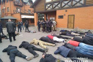 На Киевщине полсотни молодчиков пытались захватить аграрный кооператив