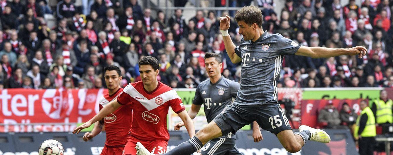 """""""Бавария"""" эффектно разгромила соперника в Бундеслиге, Нойер получил травму"""