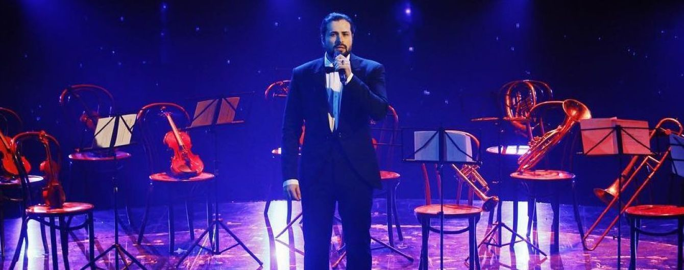 """""""Просто космос"""": Девід Аксельрод заспівав на сцені """"Голосу країни-9"""" пісню свого тестя"""