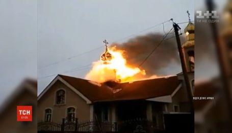 На Харківщині вигоріла вщент церква Московського патріархату