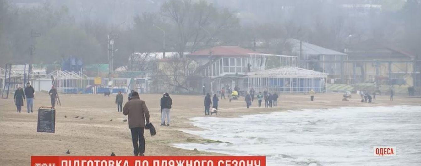 Одеські водолази очищають 20-кілометрову зону пляжів у підготовці до сезону
