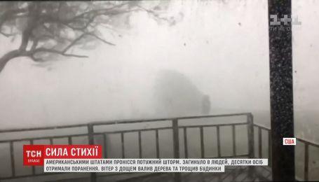 Торнадо обрушился на США: десятки человек ранены