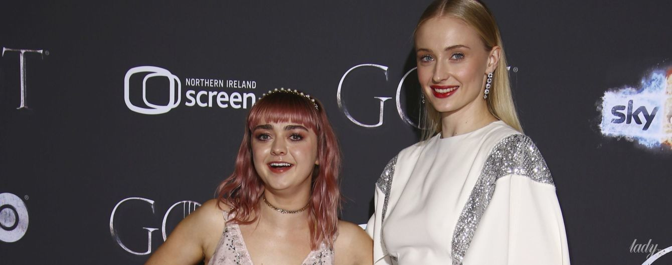 """Как сестры: две звезды сериала """"Игра престолов"""" на красных дорожках"""