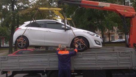 Отныне забрать авто со штрафплощадки можно через несколько минут: что для этого нужно