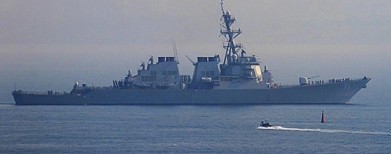 Дипломаты объяснили цель пребывания эсминца США в Черном море