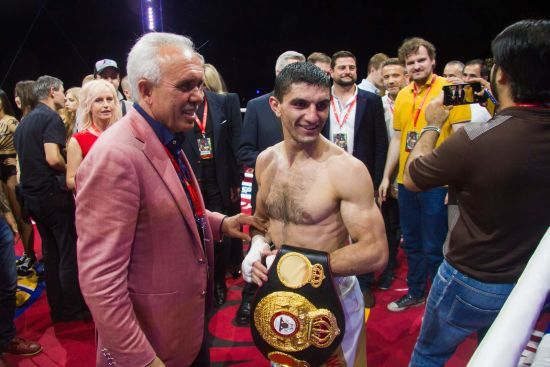 Непереможний український боксер дізнався ім'я наступного суперника